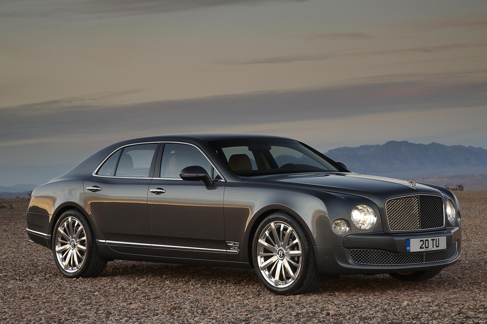 Information and Review Car: 2013 Bentley Mulsanne Mulliner