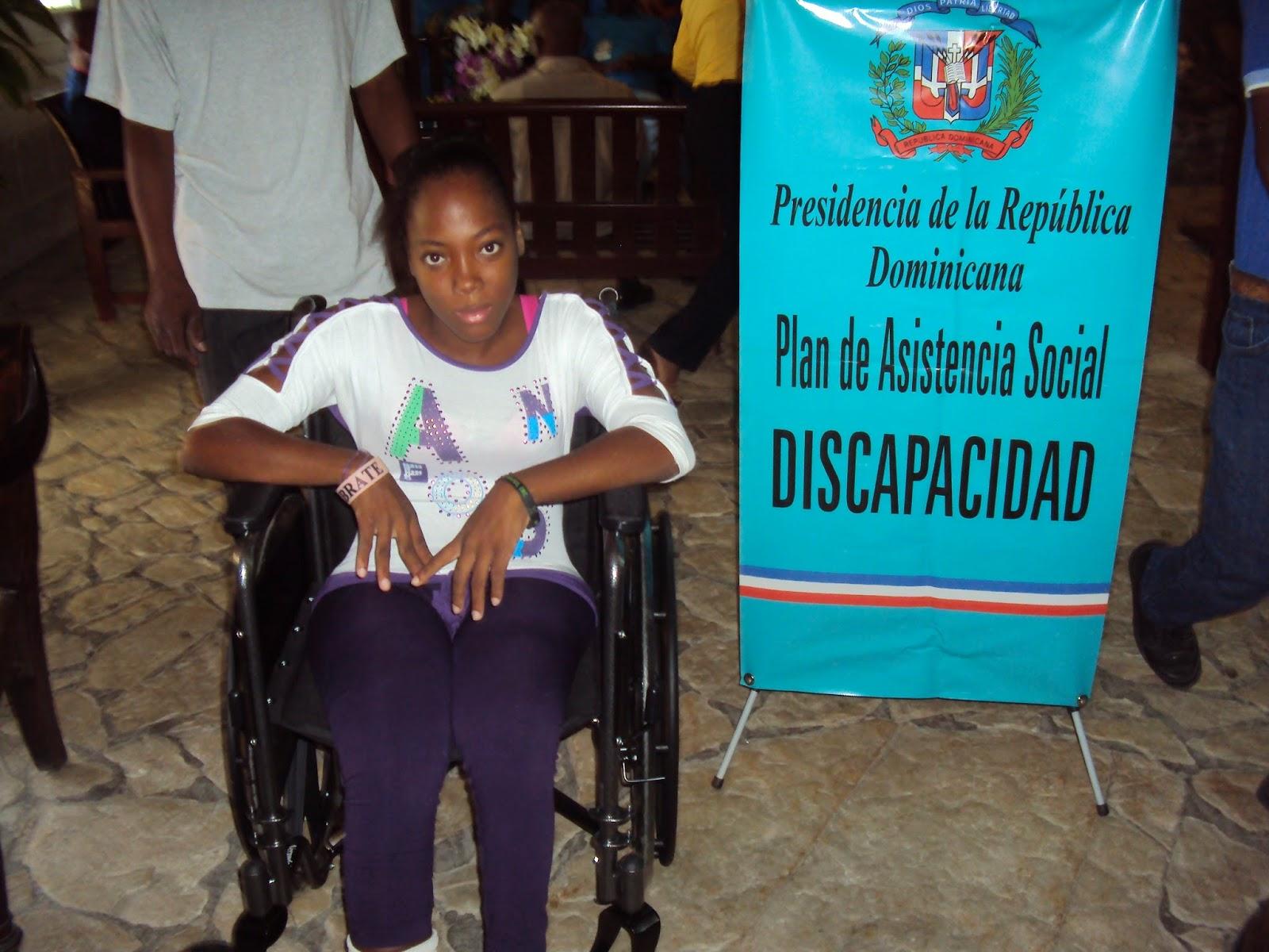 En primera mitad del este año, Gobierno dona medio centenar de sillas de ruedas.