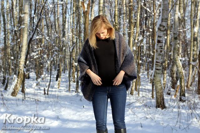 Ręcznie zrobiony, prosty sweter na drutach