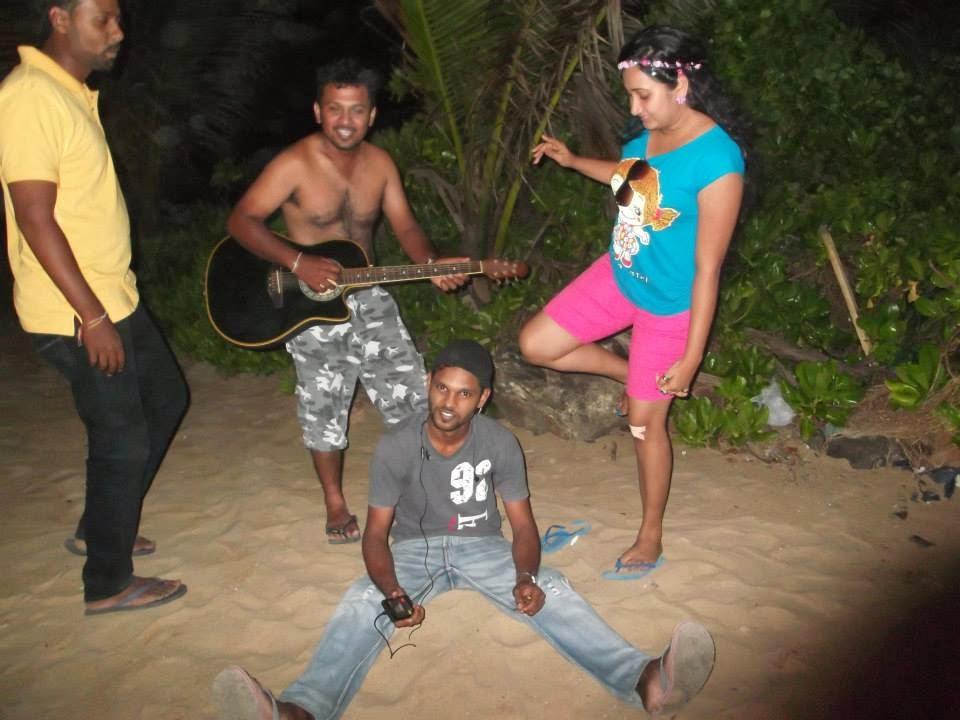 madhu nithyani mount lavinia beach