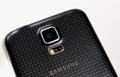 Samsung ha problem di produzione di massa del sensore della camera posteriore da 16 mega pixel