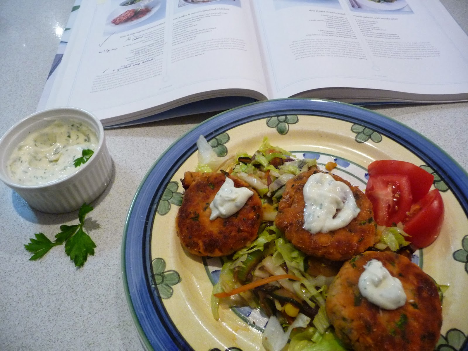 Feed your inner cook salmon fish cakes with lemongrass for Salmon fish cakes