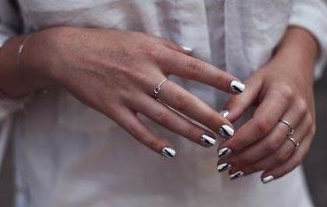 unghii metalice cu gel