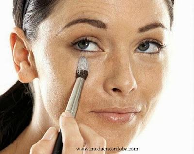 Consejos para quitar ojeras con Maquillaje