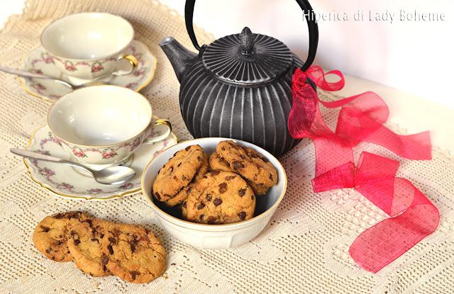 hiperica_lady_boheme_blog_di_cucina_ricette_gustose_facili_veloci_dolci_biscotti_cookies_al_cioccolato