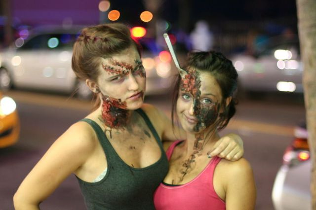 Amazing Zombie Makeup By Pretty Girls!
