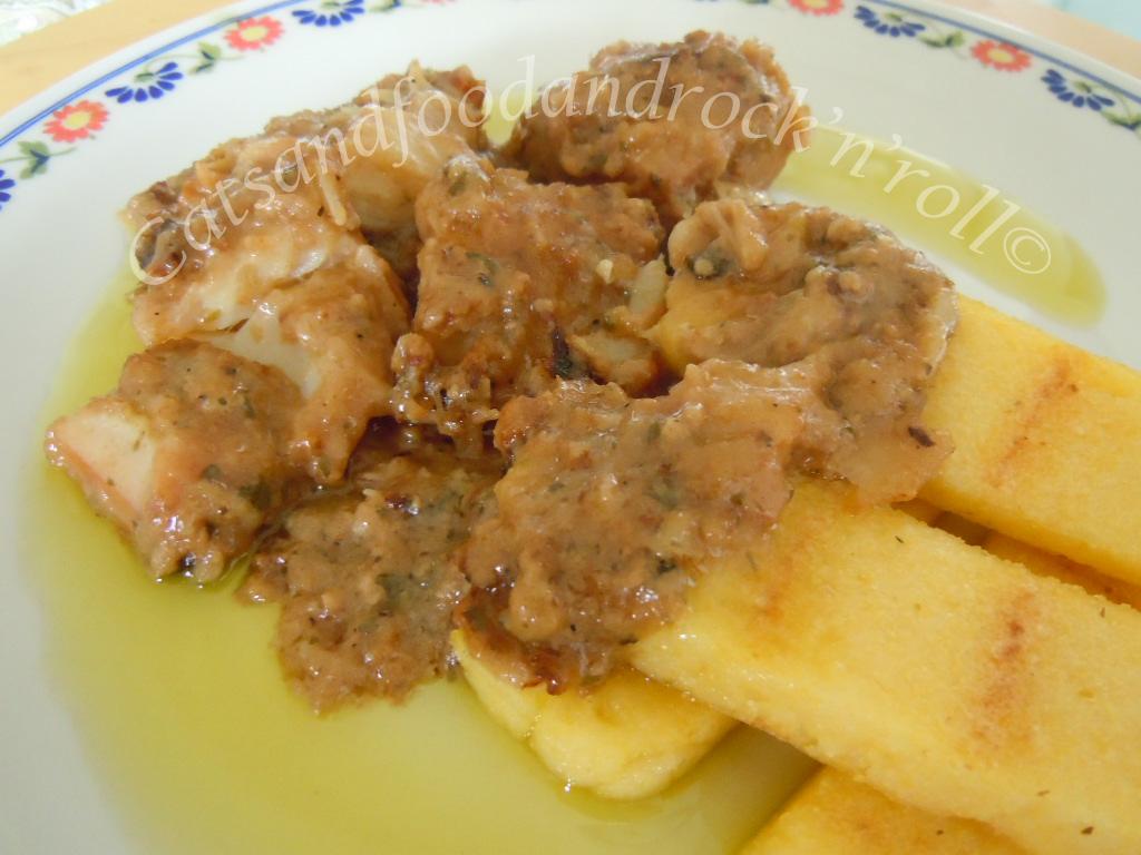 fatta ben rassodare tagliata a fette e leggermente abbrustolita sulla griglia un piatto principesco e s che un tempo il baccal era il cibo dei