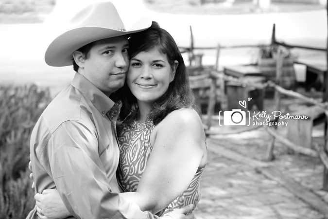 Gruene, Family Portraits, Kelly Portmann Photography, Cowboys,