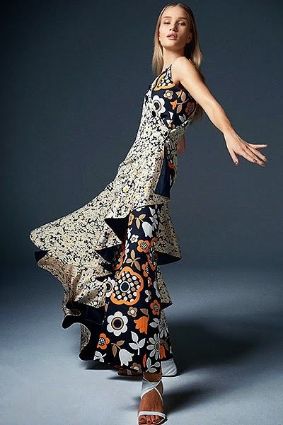 Rosie Huntington-Whiteley Fashion model  photo shoot