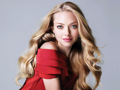 American Singer Amanda Seyfried HD Wallpaper