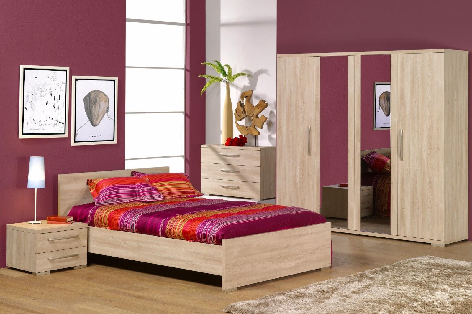 Salle de bain dans petite chambre les 25 meilleures ides for Petit meuble chambre a coucher