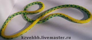 Вязаный жгут из бисера змея