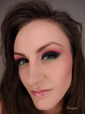 Punk'owy makijaż