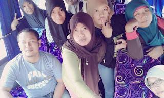 Eksis Di dalam Bus Saat Kunjungan Industri Yogyakarta - Bandung
