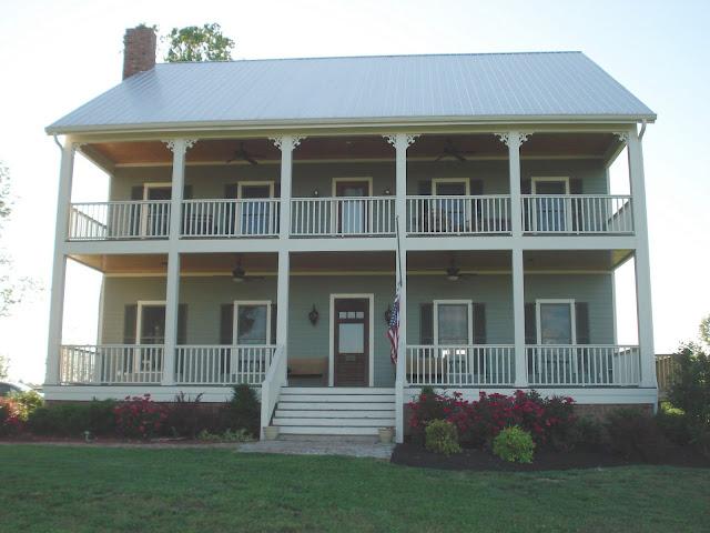 Featuring front porch farms nashville tn wedding venue for Double front porch house plans