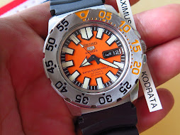 SEIKO 5 SPORTS ORANGE DIAL - SEIKO BABY MONSTER ORANGE - AUTOMATIC 7S36 - BONUS FLAG NATO STRAP
