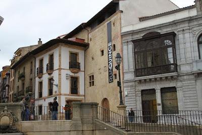 Rúa Quince. Oviedo. Blog Esteban Capdevila