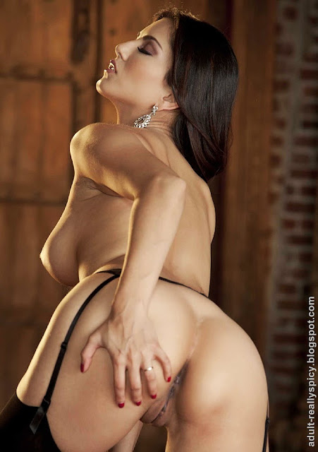 sunny leone nude latest photo gallery porn star sunny leone hot