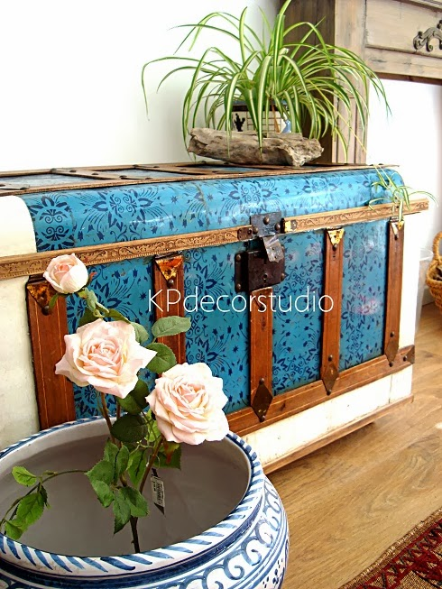 Kp tienda vintage online ba l antiguo madera y chapa antique wood and veneer trunk - Decorar baul vintage ...