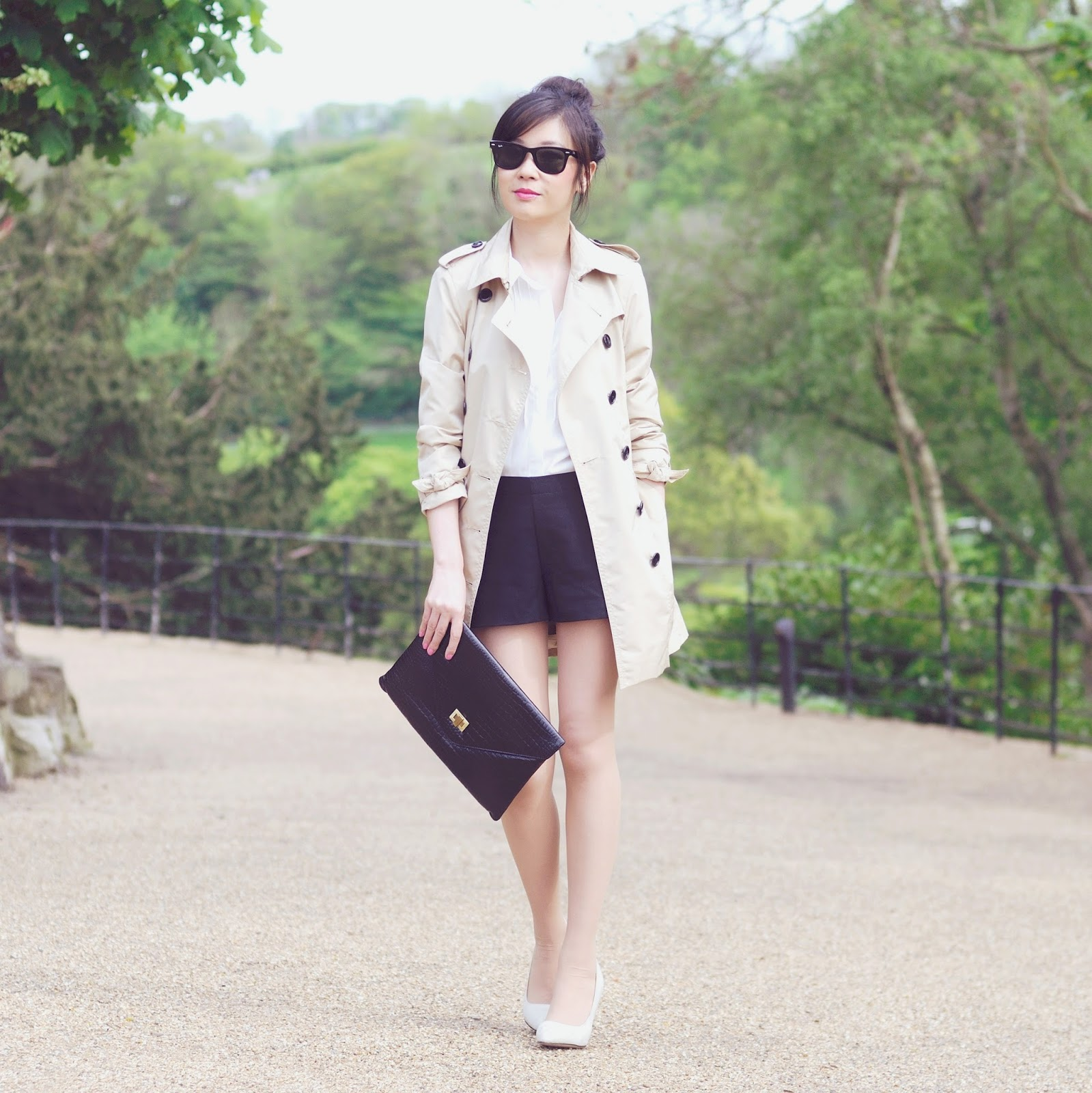 Ways To Wear Beige Trench Coat Classic British Style