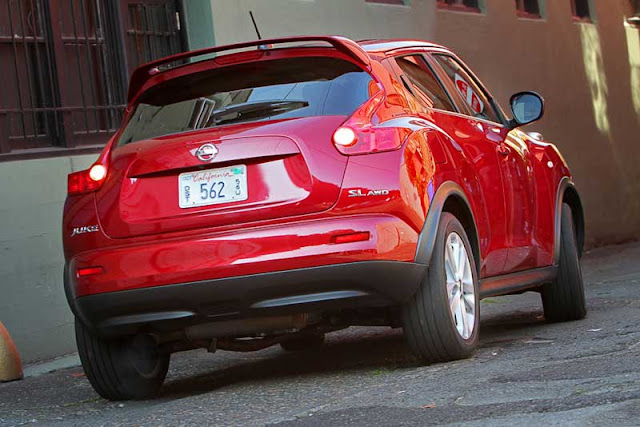 2011 Nissan Juke SL AWD - Subcompact Culture