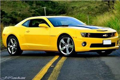 Novo Camaro amarelo 2013