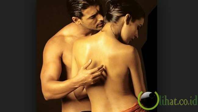 8 poster film india yang paling hot dan seksi   fakta