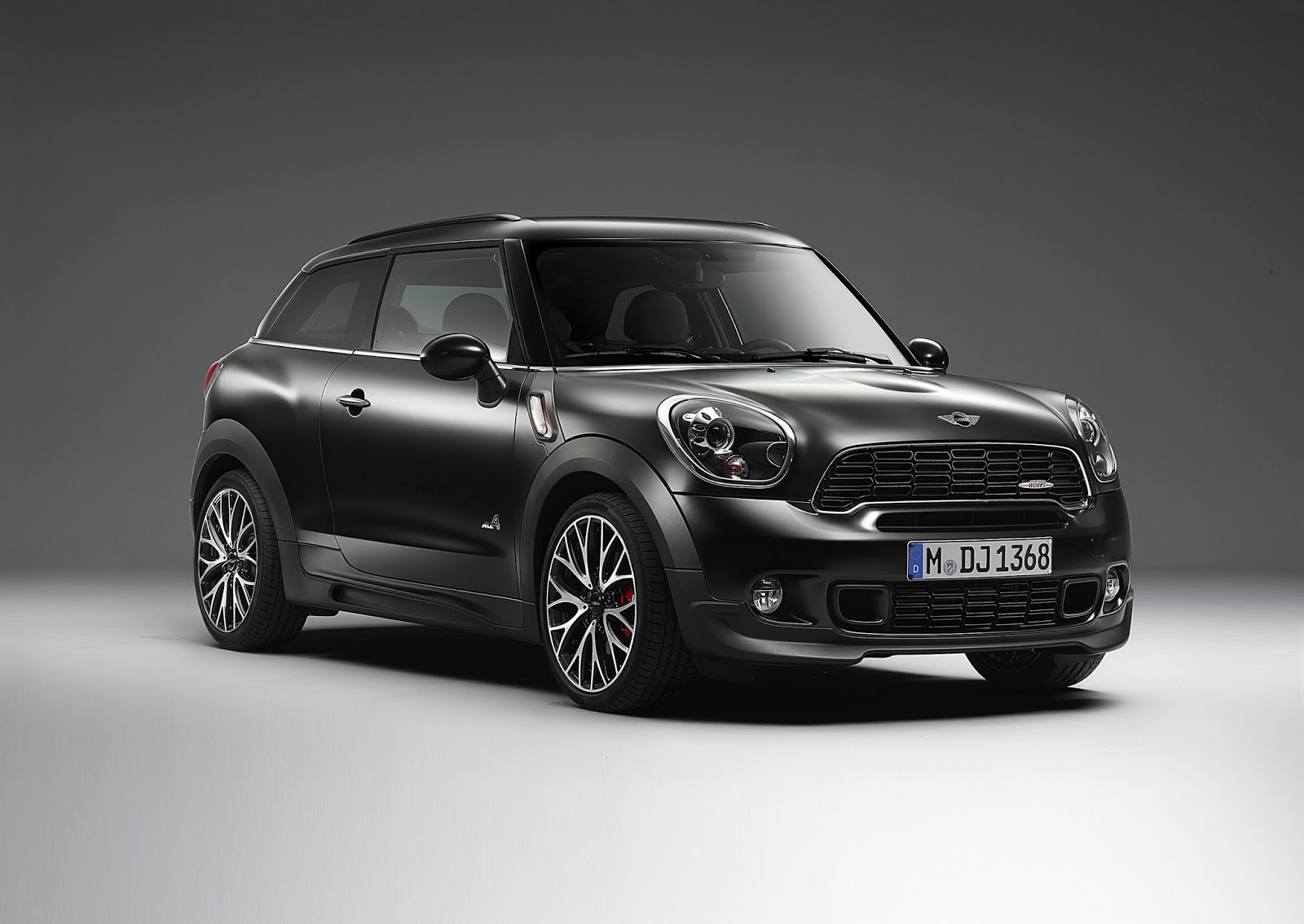 mini paceman john cooper works frozen black 2014 hottest car wallpapers bestgarage. Black Bedroom Furniture Sets. Home Design Ideas
