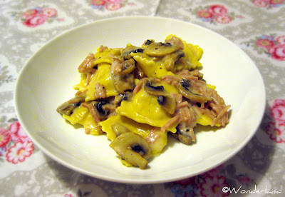 creamy tortellini with ham & mushrooms