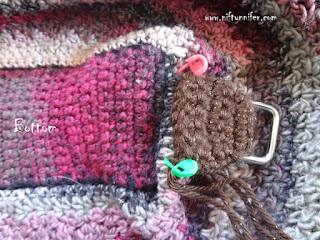 http://www.niftynnifer.com/2015/10/free-crochet-pattern-passionately-pink.html