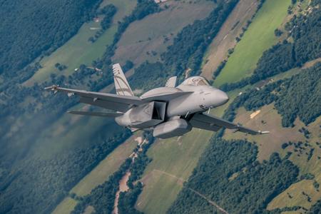 F 18 Super Hornet Wallpaper Boeing F/A-18 Advanced Super Hornet Demonstrates Stealth And Range ...