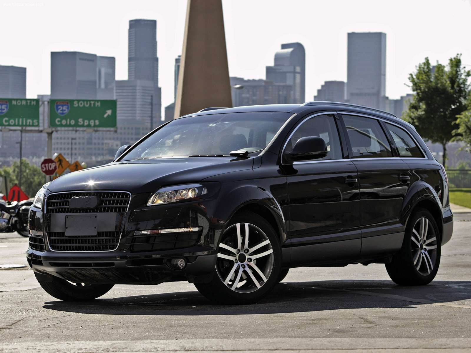 audi q7 2013 car review specification images. Black Bedroom Furniture Sets. Home Design Ideas