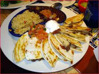Chili's Bar and Grill Copycat Recipes: Fajita Quesadillas