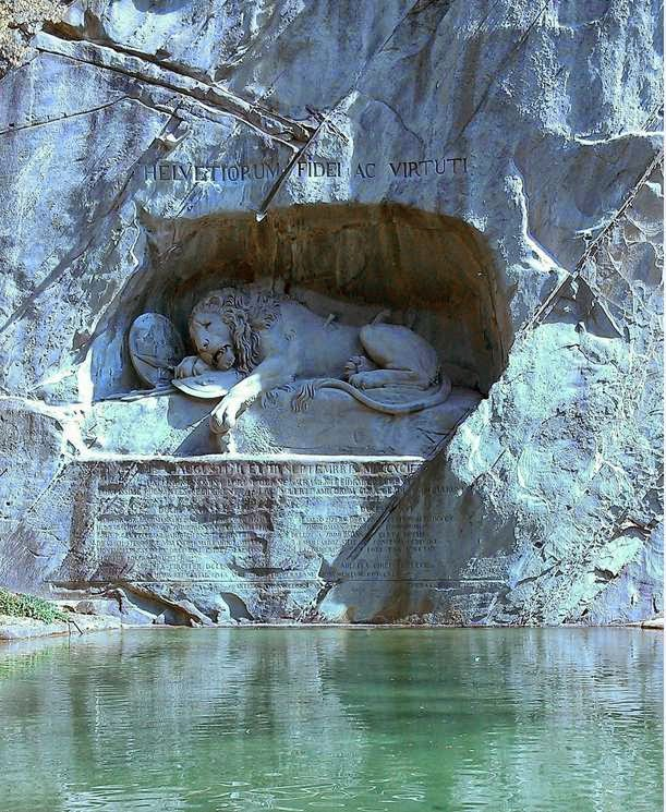 46 Unbelievable Photos That Will Shock You - Wounded Lion Sculpture in Honor of Swiss Guards Who Died in the French Revolution – Luzern, Switzerland