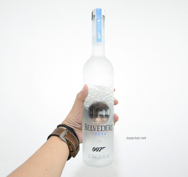 Belvedere Vodka Spectre 007 special collectors edition in my hands