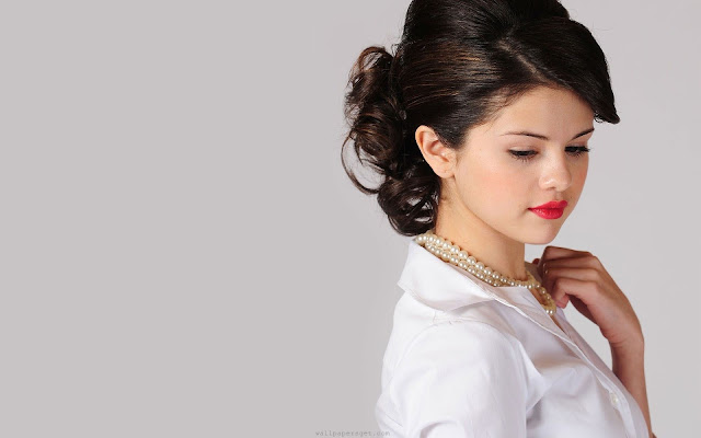 Selena Gomez HD Wallpapers