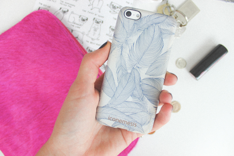 Iconemesis Feather phonecase - The Goodowl
