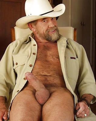 naked senior - bear gays - daddy gay pics