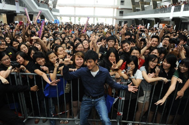 Handsome cool pop singer Wang lee Hom