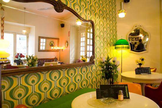 El plan b lolina vintage cafe for Decoracion 70 s