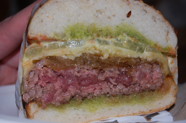 London Burger Bash - Elliot's Burger cut-through