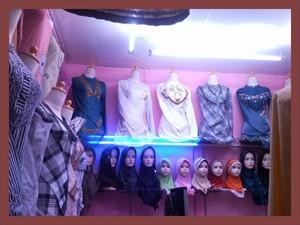 koleksi pakaian tunik