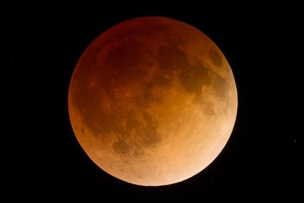 Inilah 9 Lokasi Pengamatan Gerhana Bulan Total 8 Oktober di Indonesia