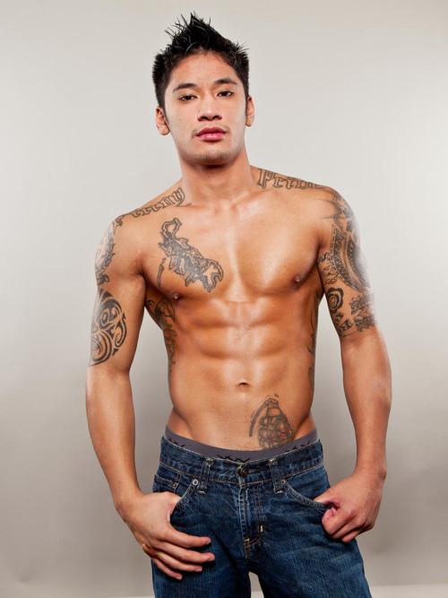 Hot filipino model