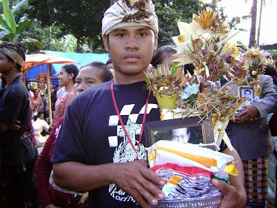 Upacara Ngaben Kolektif di Antiga Karangasem5