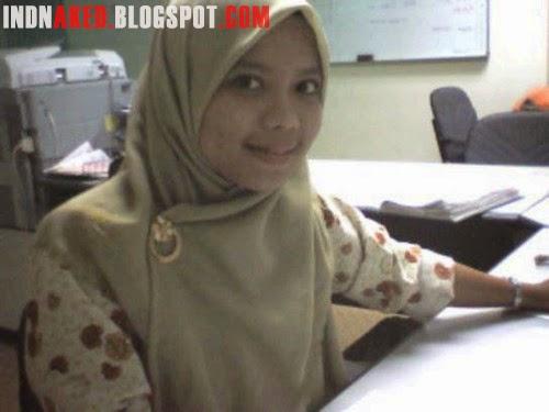 Embak Jilbab Berani Bugil Saat Sendirian tumblr mqptnqEi4a1sd3nlpo1 500
