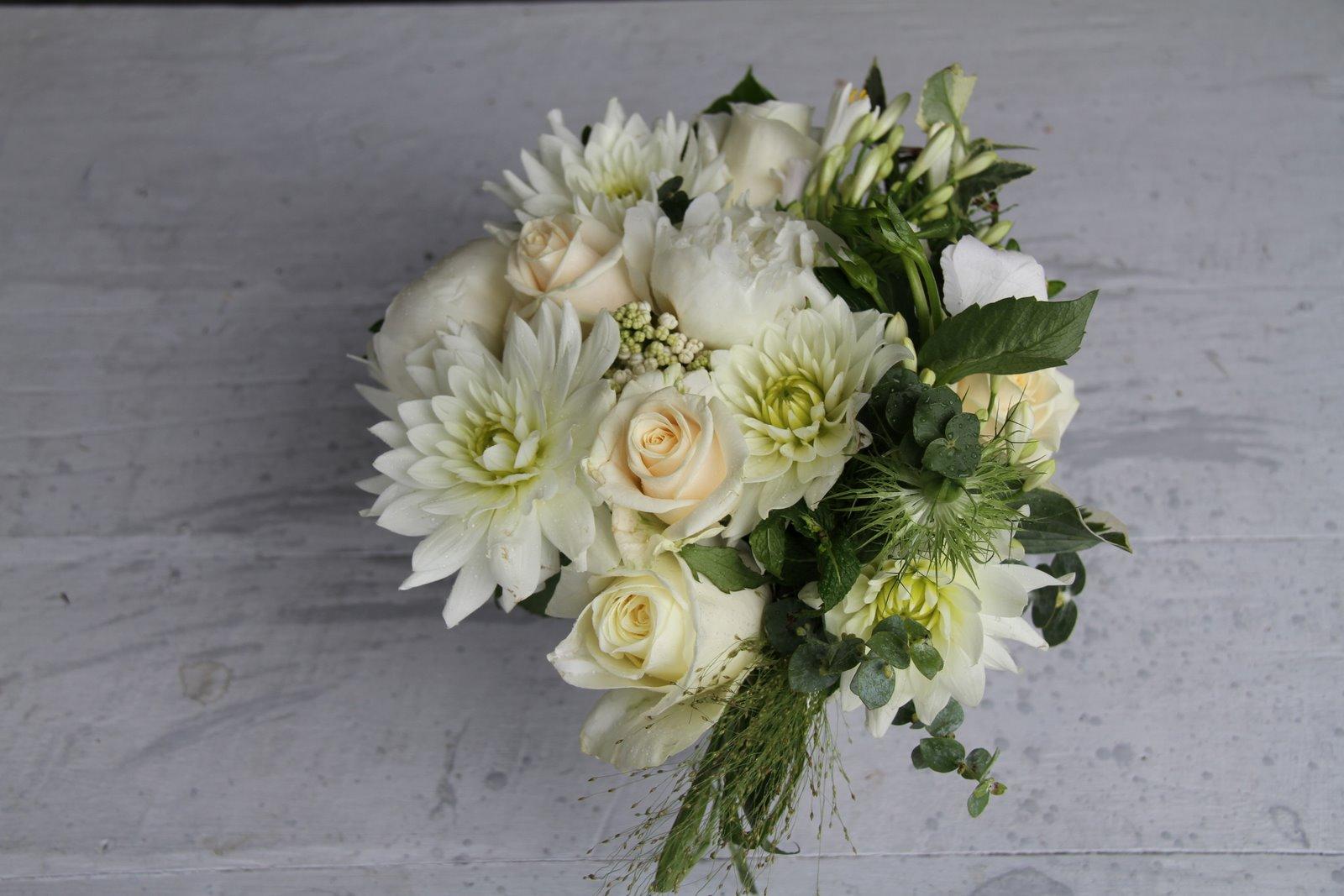 The Flower Magician Cream Amp Ivory Wedding Bouquet