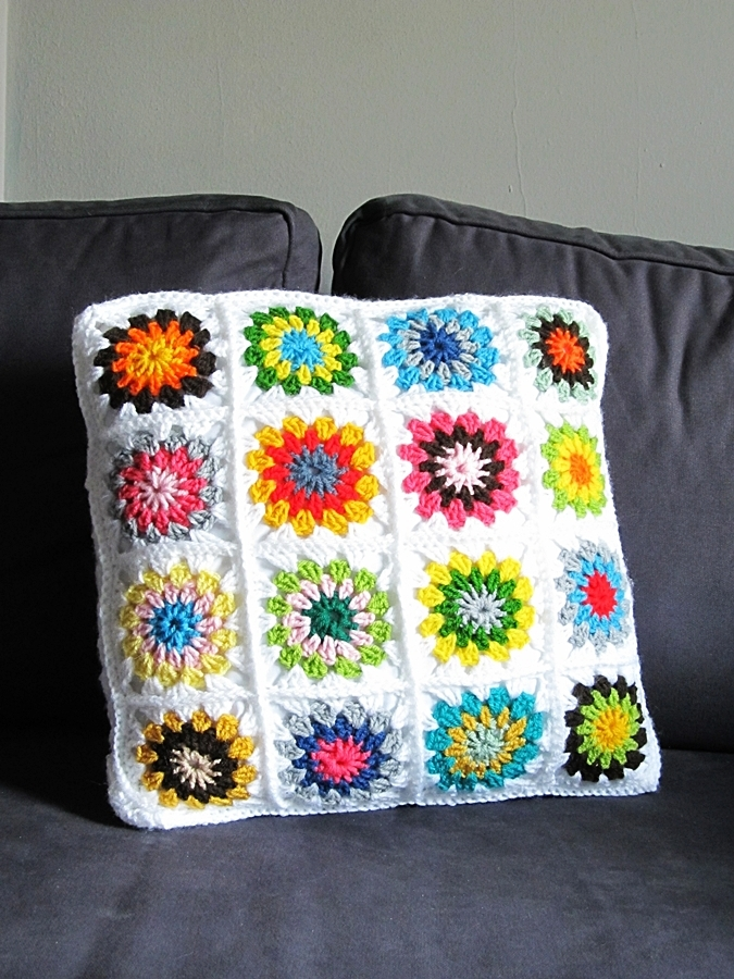 Crochet Pattern Granny Square Pillows : {Granny Square Pillow} - Little Things Blogged