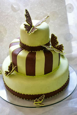 Tarta de 2 chocolates con mariposas