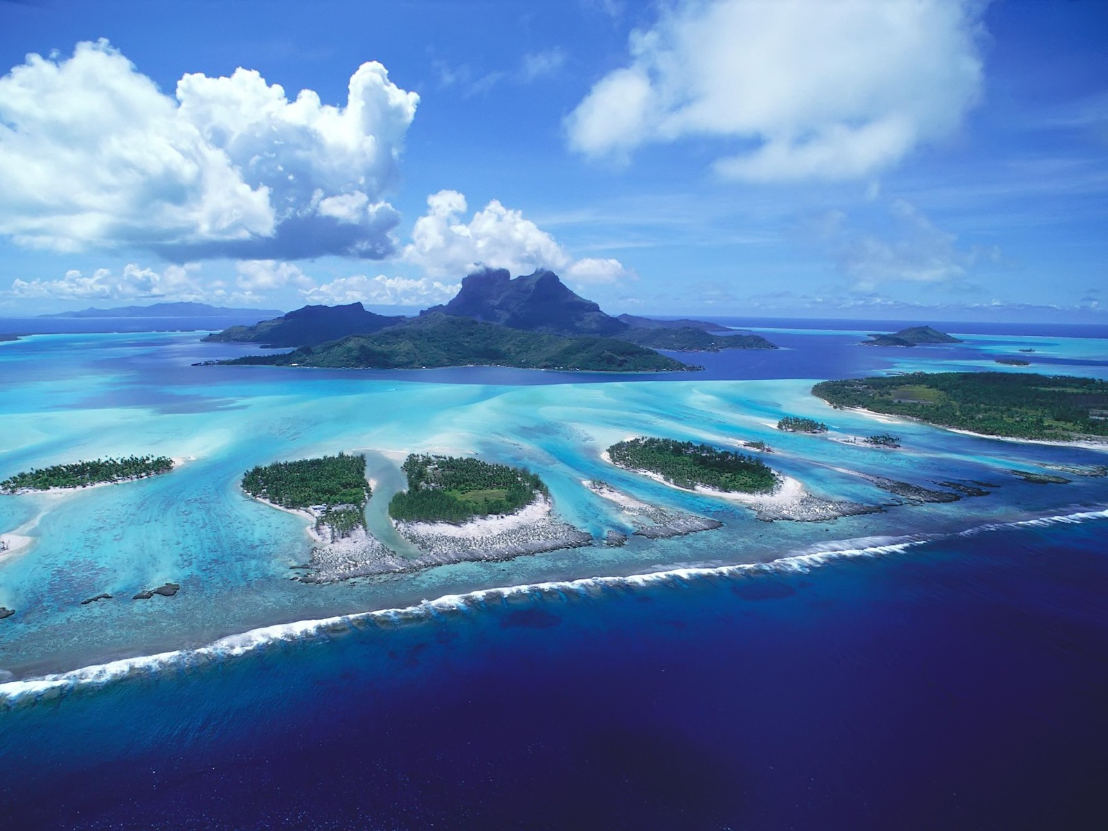 Reefs Of Bora Bora || Top Wallpapers Download .blogspot.com